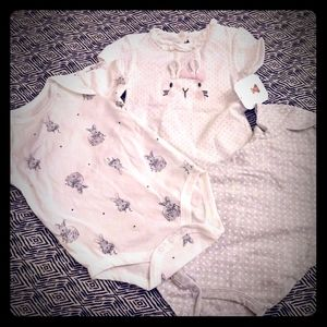 Rene Rofe girls bodysuit set 6-9month bunnies
